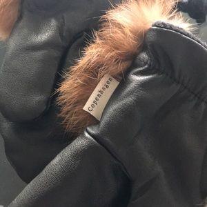 copenhagen Other - Beautiful Fur Trim Mittens. Size 4